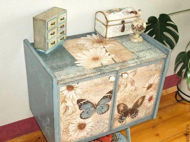 Из чего делают декупаж мебели