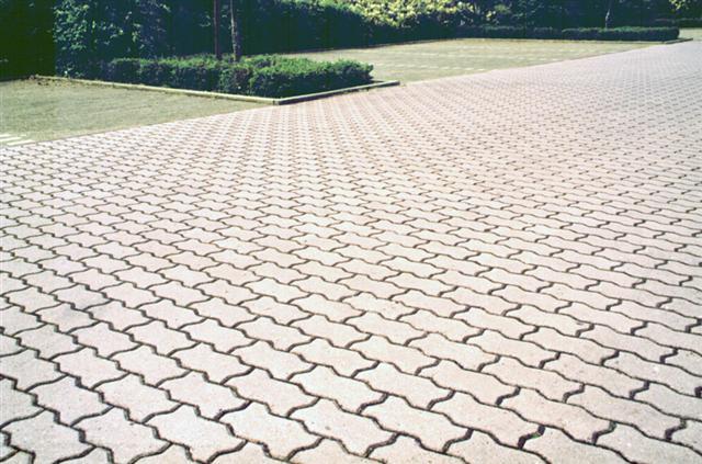 Ковровые или крупные узоры тротуарной плитки