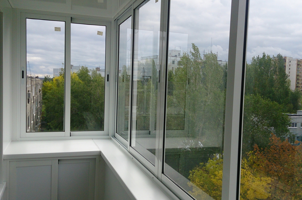Расчет стоимости остекления балконов: как узнать цену?