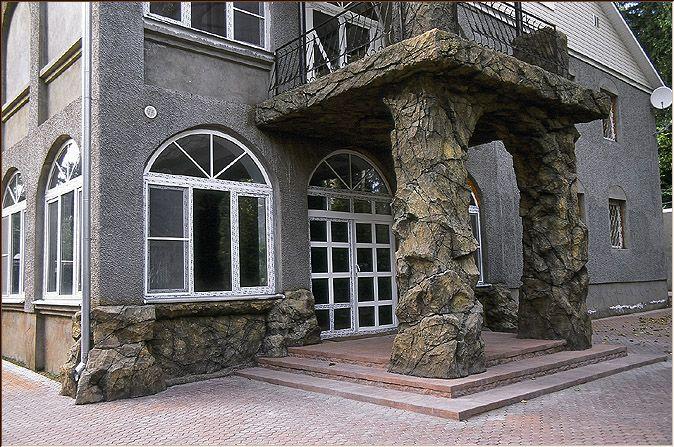 Изделия из натурального камня — мрамора и гранита