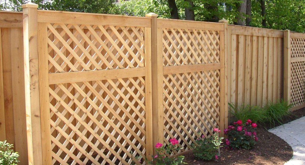 Деревянные заборы для ограждения вашего дома