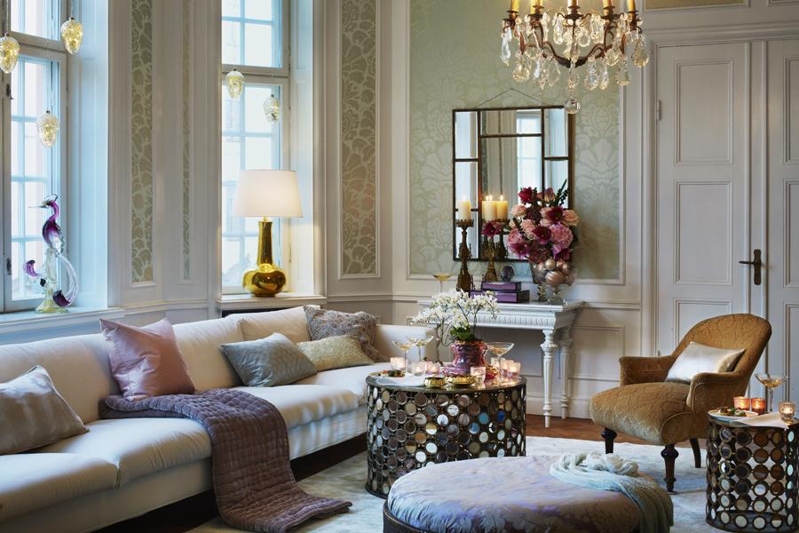Рукоделие, как элемент декора гостиной